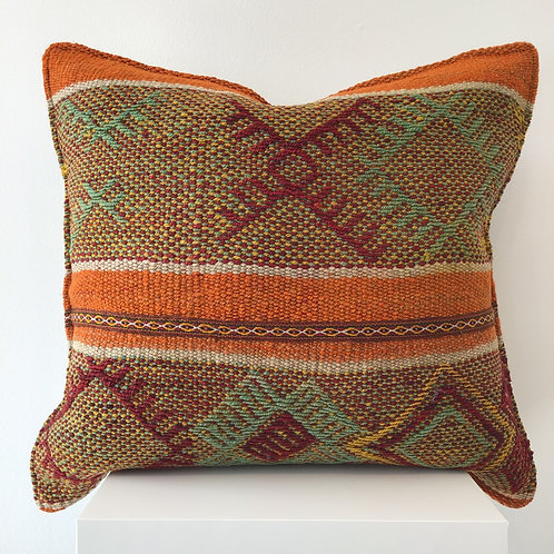 Peruvian Pillow Nueve
