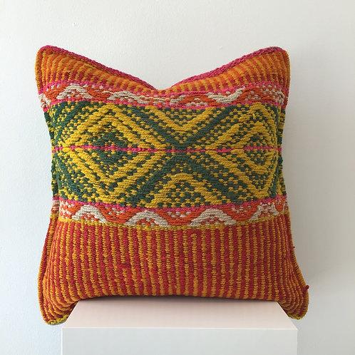 Peruvian Pillow  Cuatro