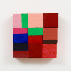2019 - Pink Square green rrectangles - small