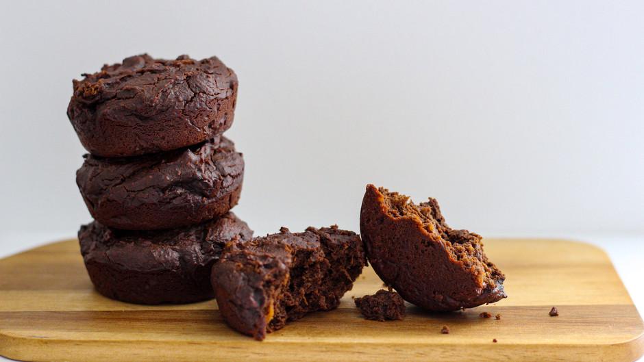 Pumpkin Spice Brownies (fudgy, high protein, gluten free)