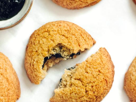 Black Sesame Stuffed Cookies