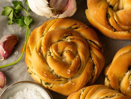 Garlic Swirl Buns