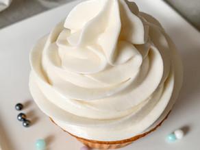 Homemade Creamy Vanilla Icing