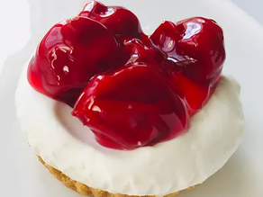 Mini Cherry Cheesecake (No-Bake)
