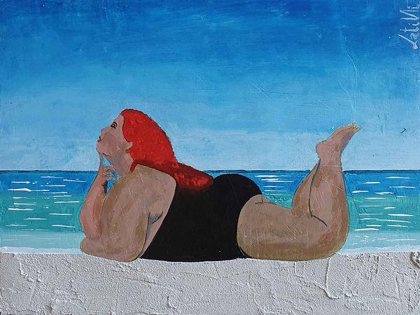 Opera che rappresenta Donna in carne distesa sulla battigia realizzato con tecnica mista acrilico e materico in gesso misto a sabbia. Misura 40x30cm ed è realizzato su MDF. Vincitore del Premio Internazionale Raffaello Sanzio