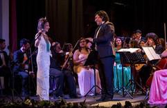 Sergio Jurado y Elena Roger.jpg