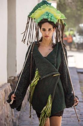 Desfile de moda andina contemporanea.jpg