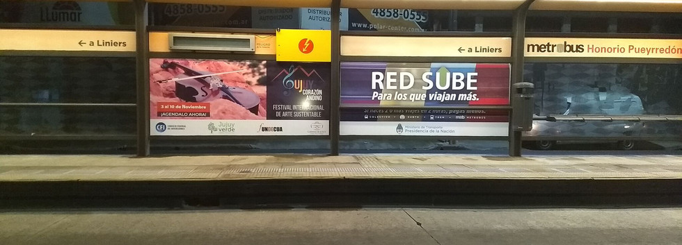 Via Publica: Metrobus