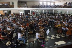 Ensayos de la mega orquesta.jpg