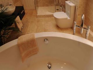 Ian & Maureen's Bath/shower room