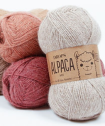 DROPS Alpaca es una lana encantadora, hilada en 100% alpaca superfina