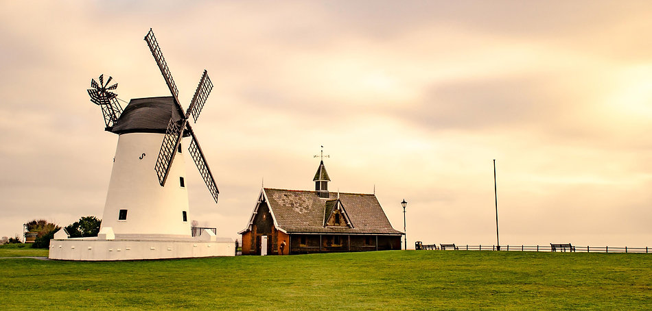 Lytham_Windmill_compressed.jpg