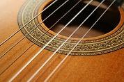 Best-Classical-Guitar-01.jpg