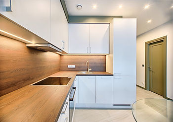 white-wooden-modular-kitchen-1643384_edi