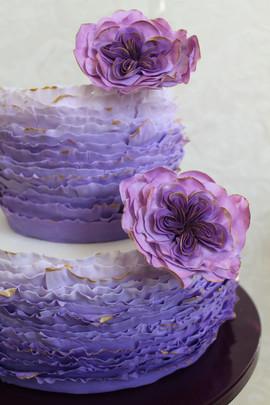 Fondant-Frills Wedding Cake