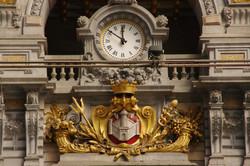 アントワープ駅舎の時計