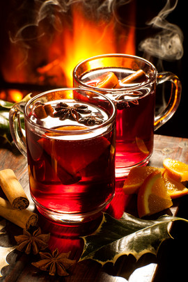Mulled wine in front of a real fire