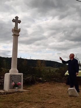 Bénédiction croix Ste Hélène 1.jpg