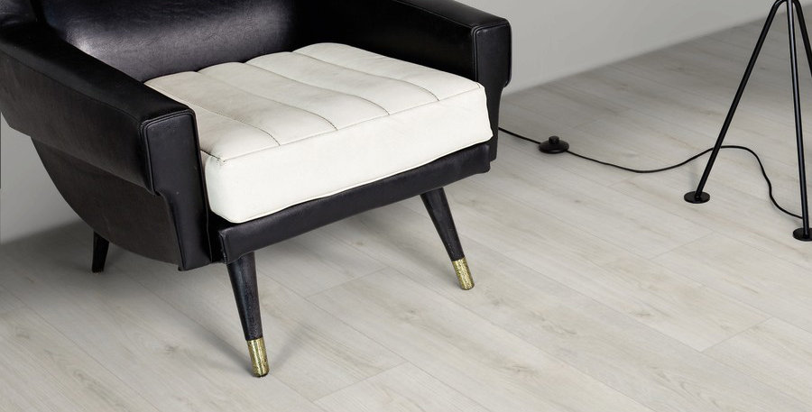 Kaindl Natural Touch Standart Plank Дуб Дилайт (Восторг)