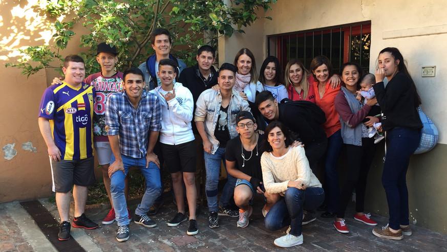 Ex alumnos.jpg