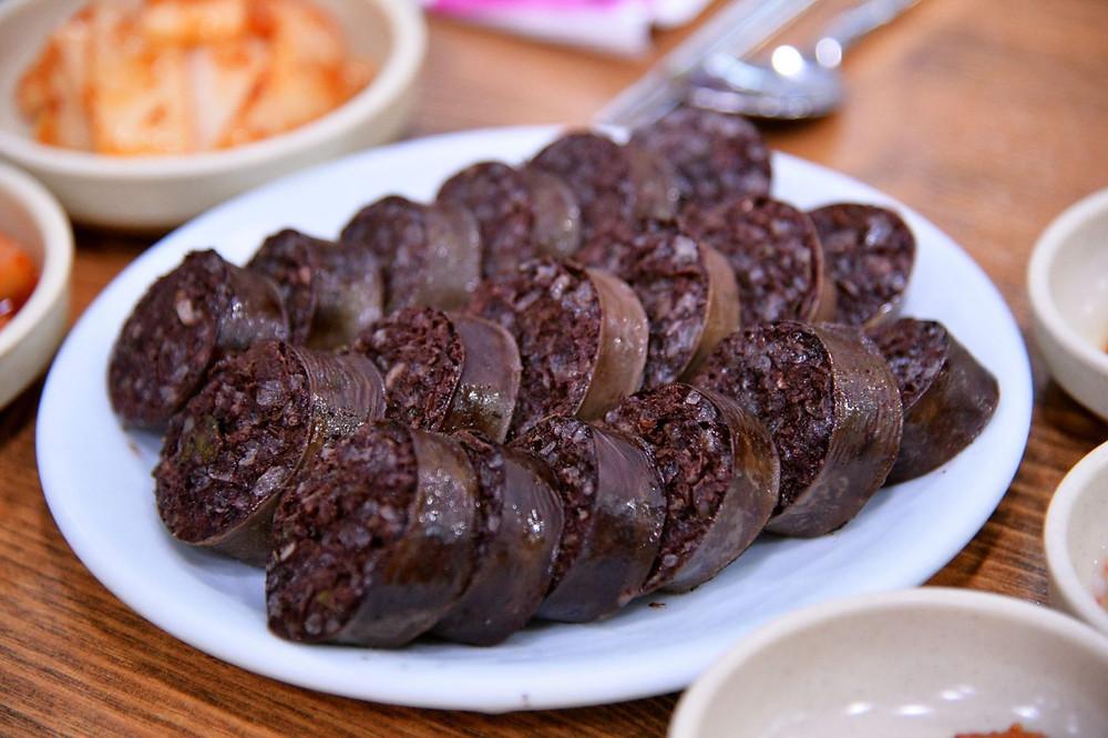 Национальная кухня Южной Кореи. Сундэ - кровяная колбаса