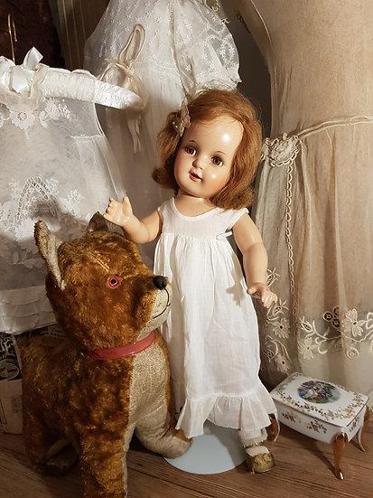 Adorable frimousse pour cette craquante poupée américaine