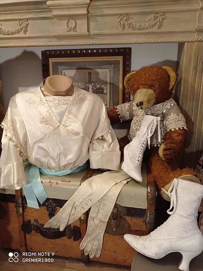 Haut de robe ancien pouvant servir de corsage