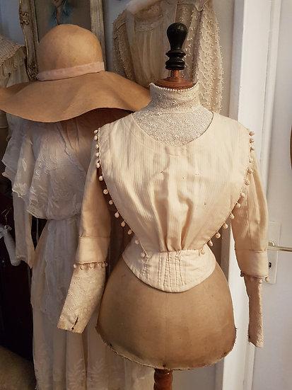 Très joli corsage ancien corseté