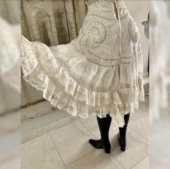 Incroyable et rare Culotte fendue en soie