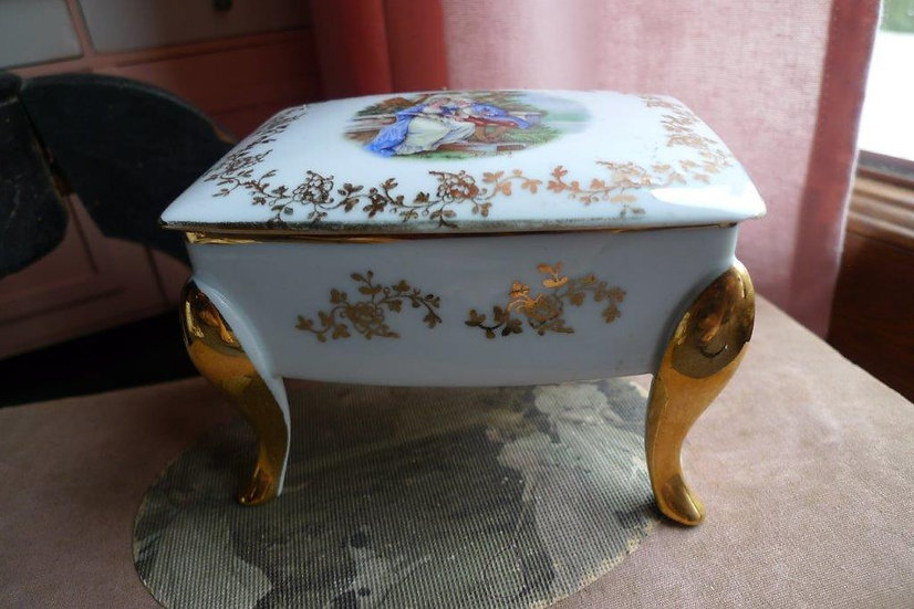 Coffret en porcelaine de Limoges