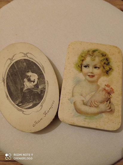2 anciennes et jolies boites de dragées en carton
