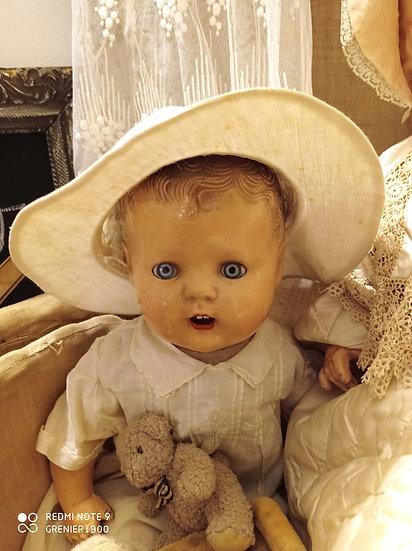 Joli petit chapeau d'été d'enfants, en coton rigide