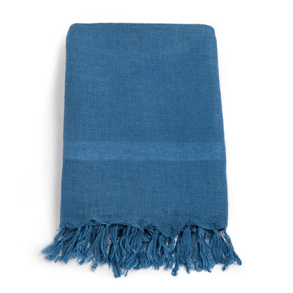 HANDLOOM LINEN. 150gsm. MEDIUM INDIGO. Plain. Price $31.26/m* >250m