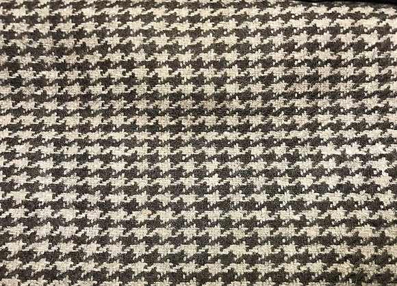 Recycled Wool 100%. Dark Brown. 017. aud$25-31 MOQ 100m