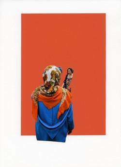 Foulard orange fleuri sur bleu roi