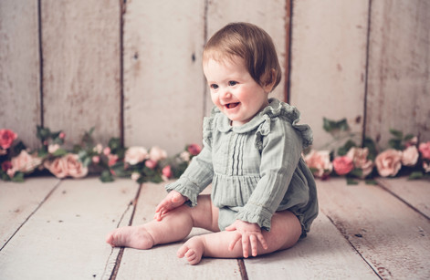 Toddler baby photoshoot