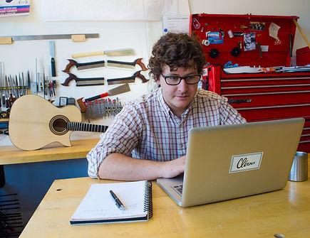 Vincent Cléroux à l'atelier