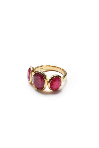 3 Stone Gold Ring - Velvet Red