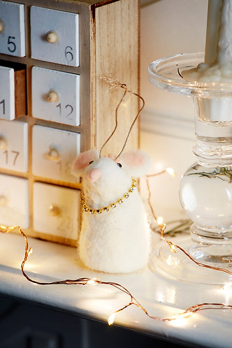 Wool Mix White Mouse