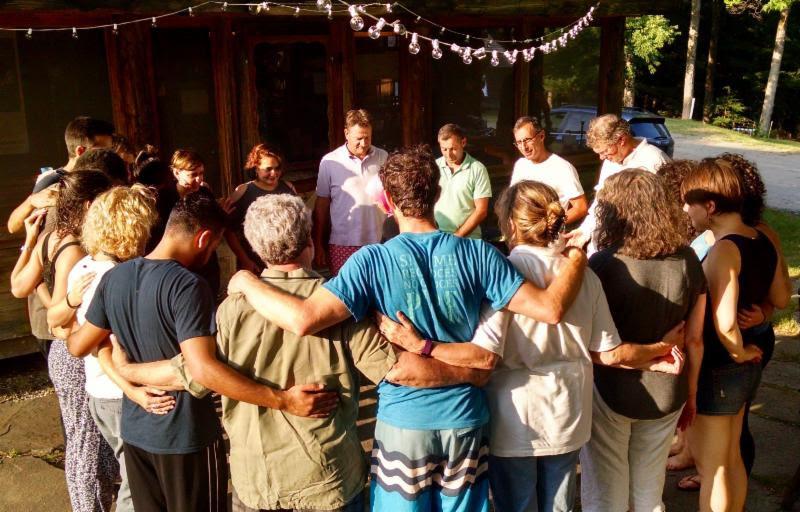 Interfaith prayers before dinner