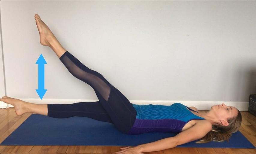 Exercice de battements des jambes