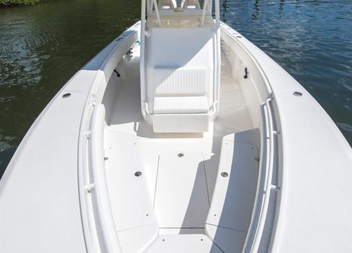 Island Runner 35' FWD Deck
