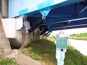 落橋防止工事3