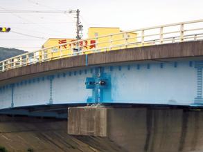 落橋防止工事2