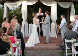 Choosing the right officiant for your wedding day!