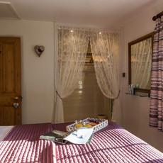 superking size bedroom owl cottage teesdale.jpg