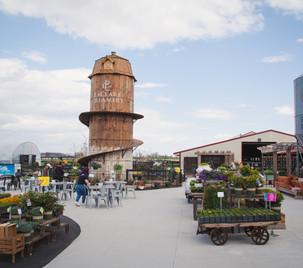 LaClare garden center