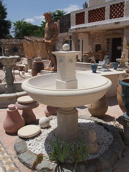 Fontaine en pierre 4