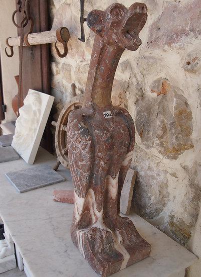 Gargouille marbre rouge