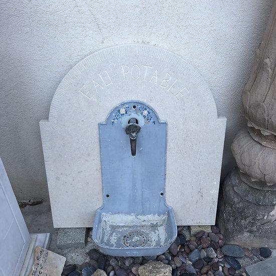 Fontaine rustique